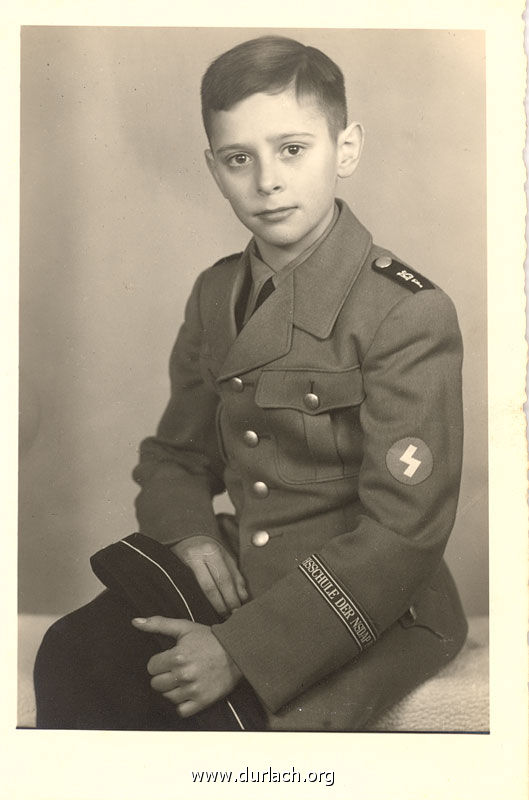 1944 - Karlfried Kratt
